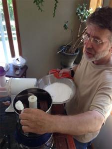Аппарат готовит какао